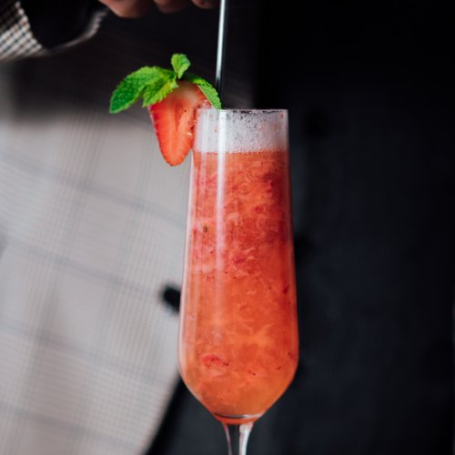 Cava cocktail